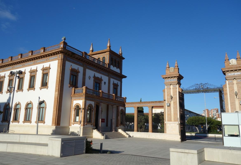 Das Ambiente war nobel, Malagas Tabakfabrik beherbergt heute ein Automobilmuseum.