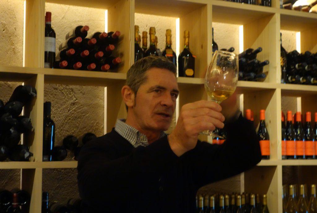 """Für Seniorchef Ganthaler ist Wein """"nun mal Emotion""""."""