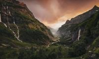 Alpenwelten:  Berge im Licht