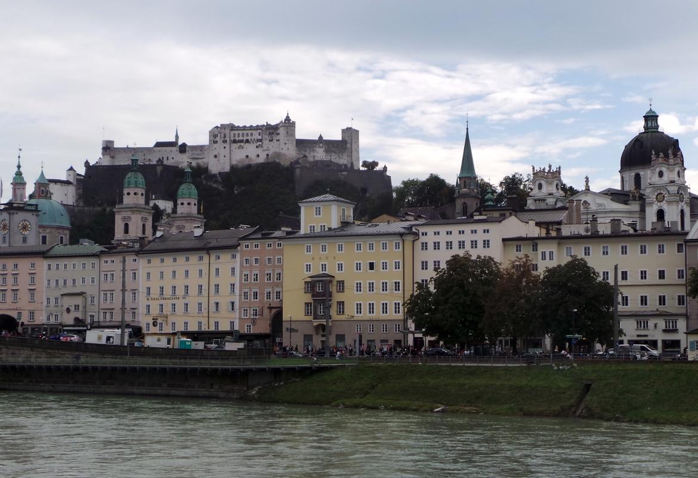 """Als """"Rom des Nordens"""" haben die Fürst-Erzbischöfe, die durch Salzhandel reich geworden waren, die Stadt konzipiert."""