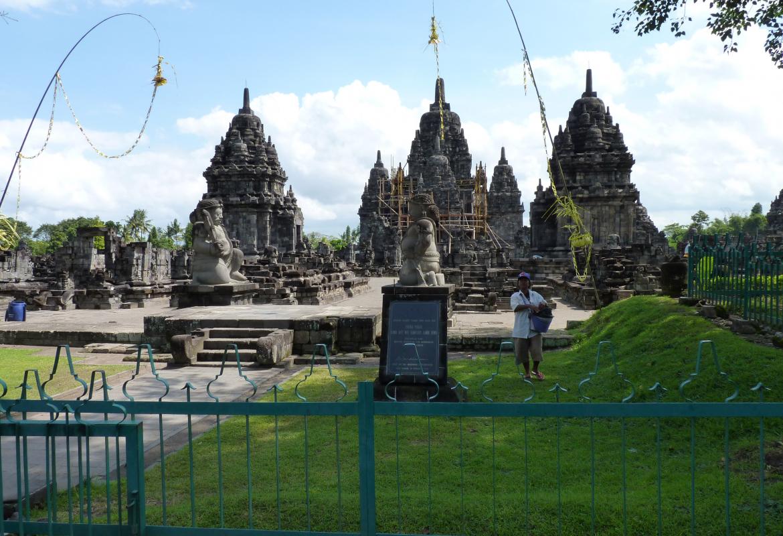 Java hat nicht nur schöne Landschaften, sondern auch spektakuläre Tempel.